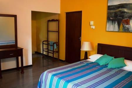 coco residence - Dehiwala-Mount Lavinia - Rumah