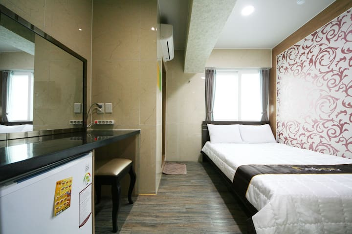 Guesthouse Myeongdong 2 / Double Room 205