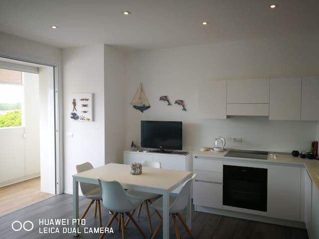 Nuovo appartamento in centro a 100mt dal mare