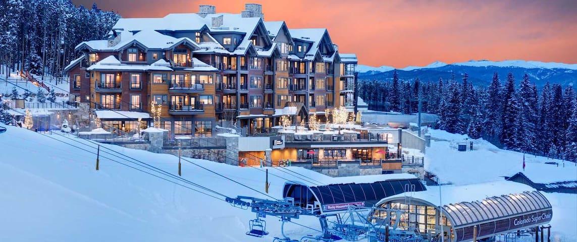 Grand Colorado on Peak 8 1 Bedroom Ski In/Ski Out