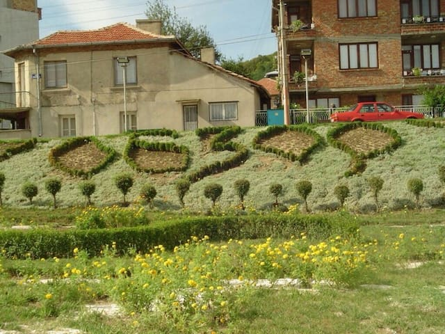 Asi apartmants near the beach 100m - Obzor