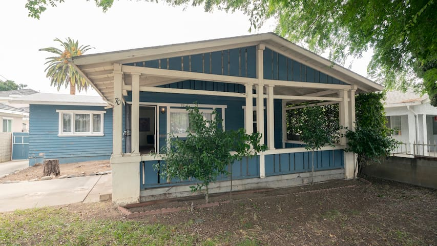 Modern Pasadena bungalow.