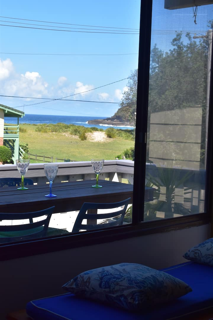 Tír na nÓg, A beach house with Coastal Views.