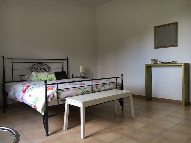 Casa Pizio Piemont, Cassine  Zimmer Pinot Nero II - Cassine - Maison