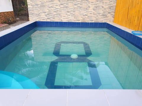 Beach House  #2 w/ Swimming Pool Free WIFI