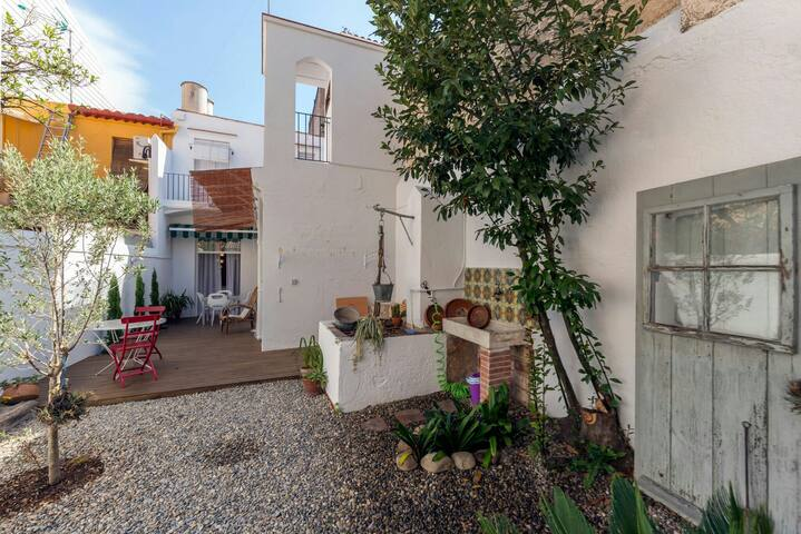 Townhouse fully renovated at the beach, Barcelona - Canet de Mar - Huis