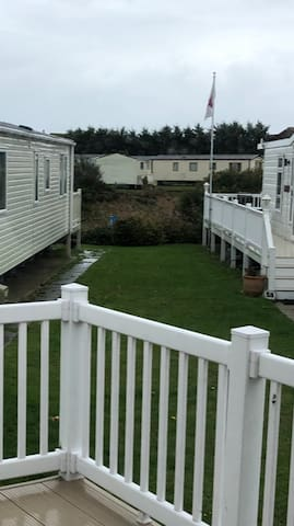 Spacious Holiday Home with extra Large Decking