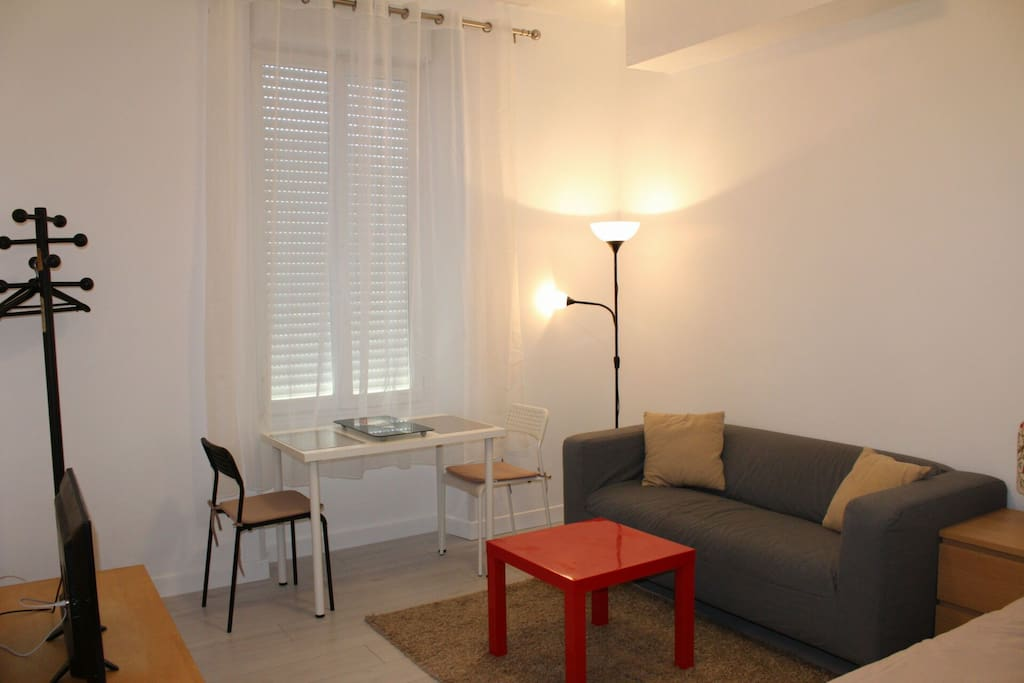 Charmant studio quip proche centre ville appartements for Location studio bordeaux centre ville