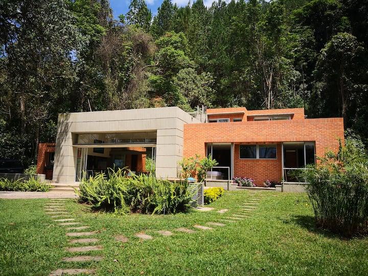 Espectacular Casa en la montaña! vista increíble!