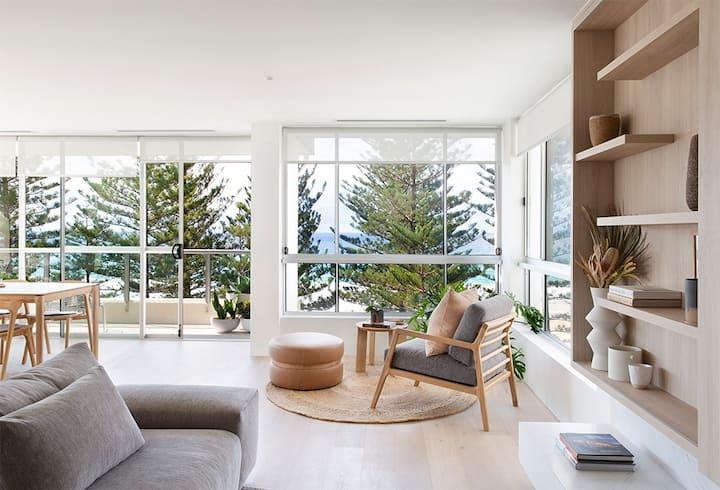 Luxurious Burleigh Apartment