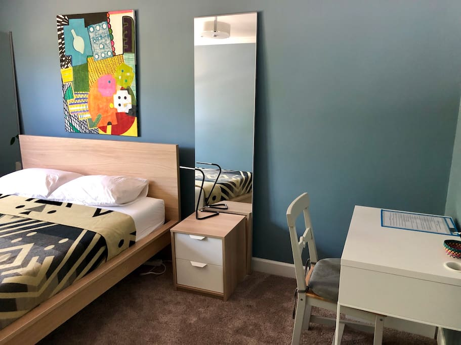 Room is equipped with a desk for you to comfortably work.