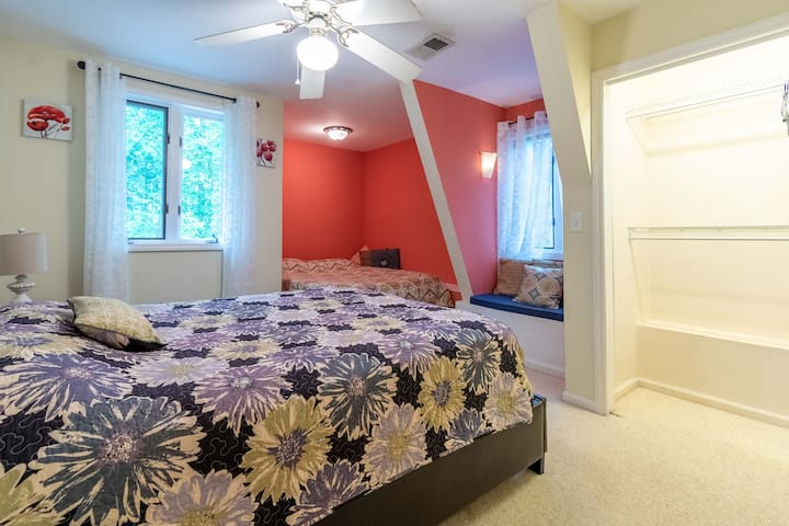 upstairs bedroom with 2 queen beds