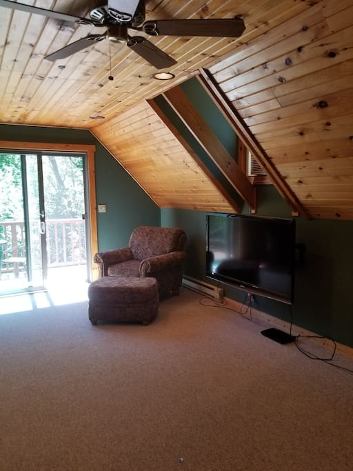 Living room with tv & bluray player