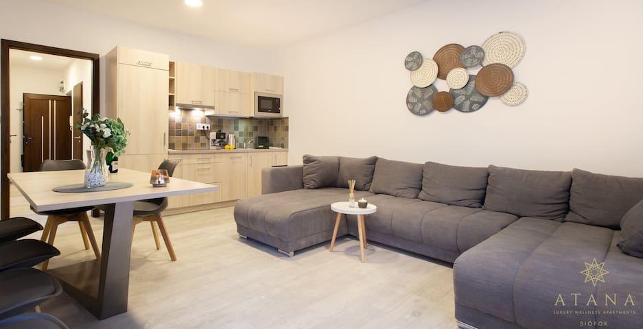 Apartman 8-10 fő részére közvetlen a Sétánynál!