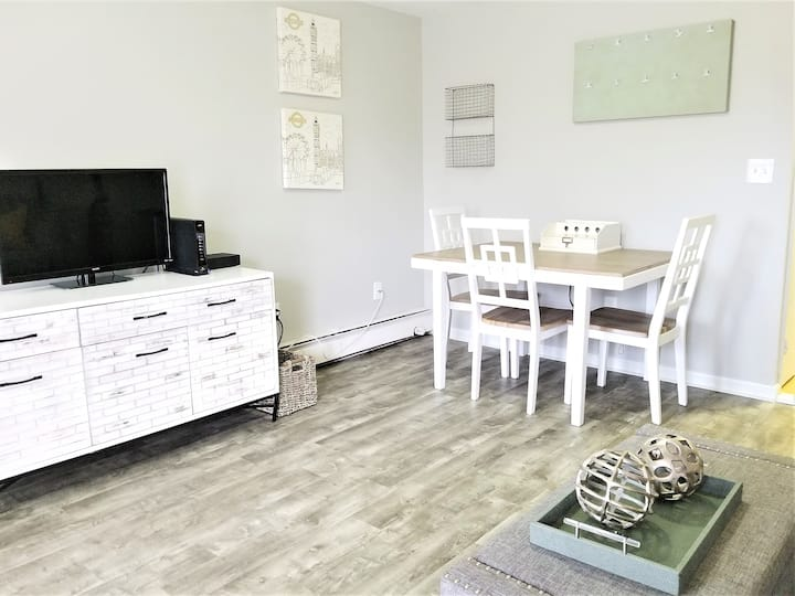Furnished 1st Flr- 1Bed/1Ba -Cocheco Court- Dover