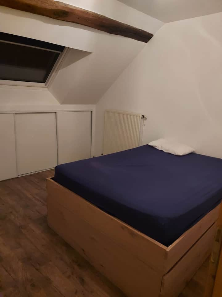 Chambre privée dans maison au calme proche Orléans