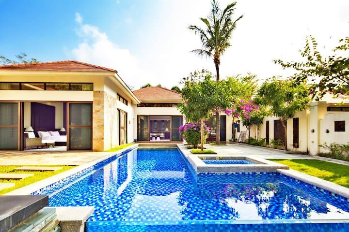 亚龙湾两居三床独栋泳池亲子别墅