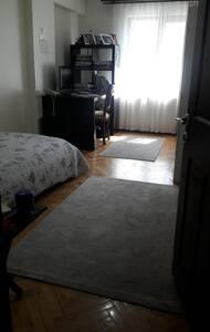 Uzun süreli kiralık oda ( Her şey dahil)