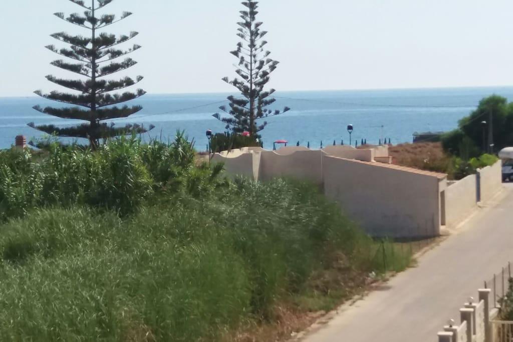 L'alloggio dista 90 m dal mare