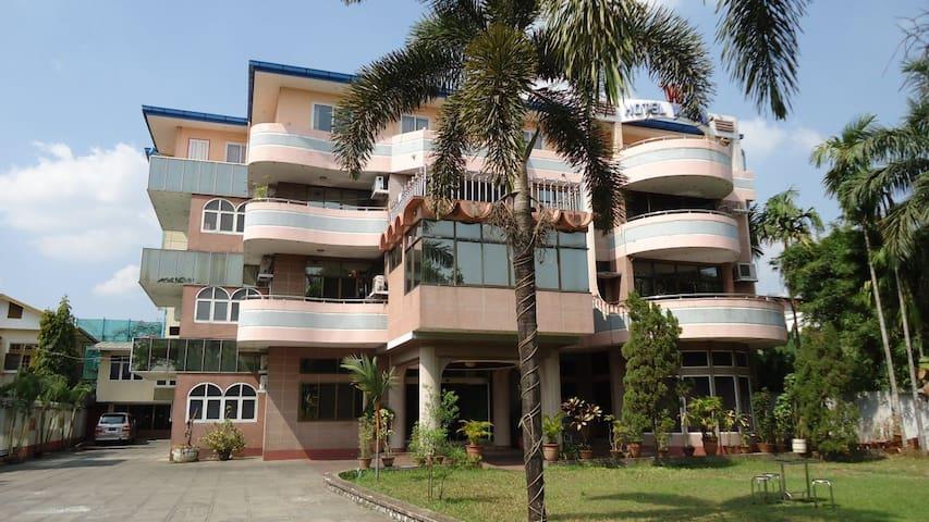 Double Room at Hotel Windsor Yangon Myanmar