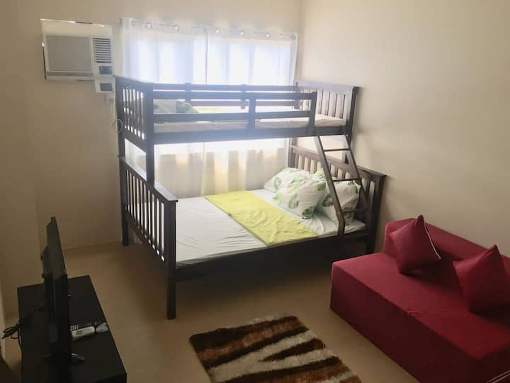 Affordable Stay / home in CDO- 22nd floor @ avida