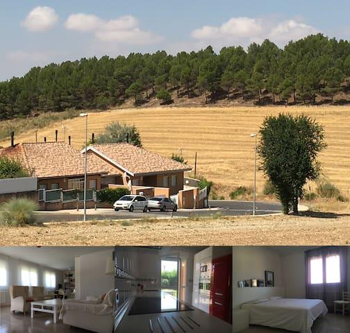 Casa con mucho encanto - Chiloeches - House