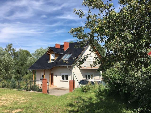 Prachtige vakantievilla voor max 10 pers. in lagow - Łagów - Huis