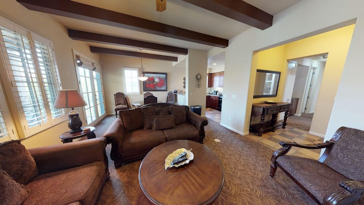 (LV212) Upstairs Two Bedroom Villa with a King Bed and Two Twins