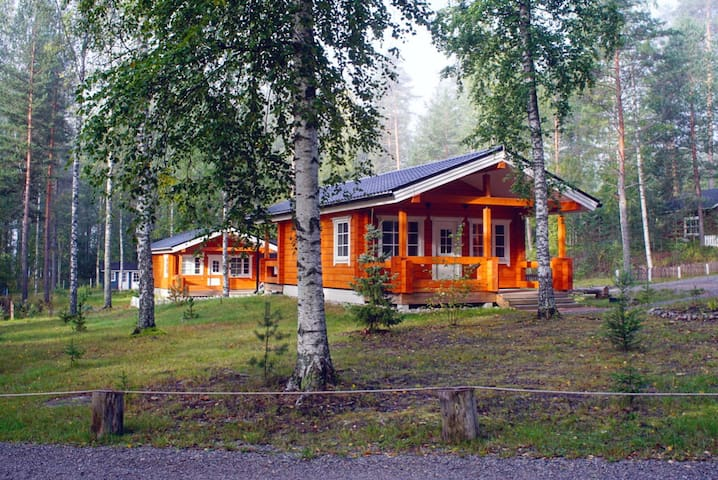 Kettu cabin for two adults and a kid at Fish & Fun