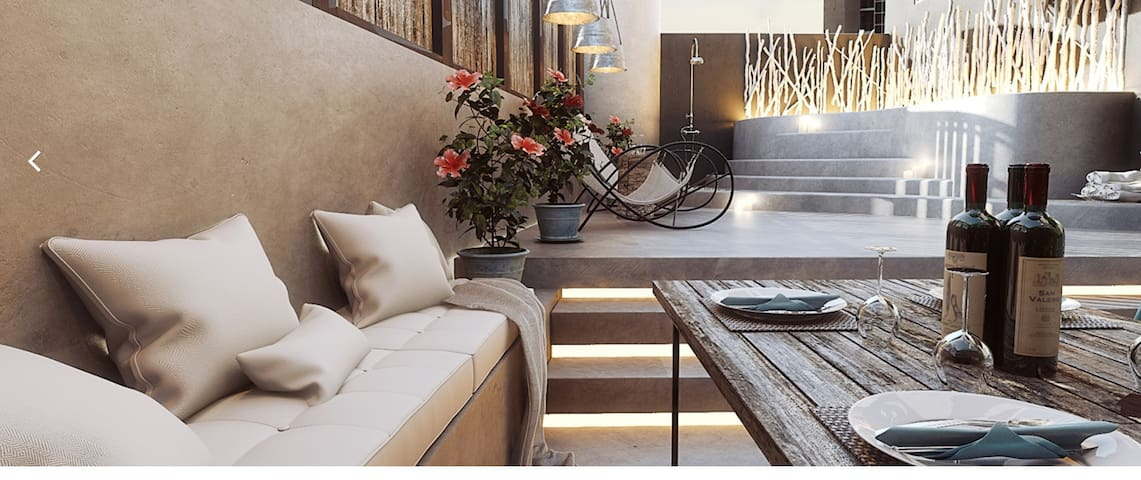 Elakati Private Queen Suite w/Hot Tub, Rhodes Town