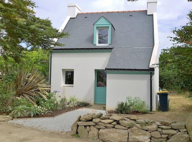 La maison du barrage - Groix - Rumah