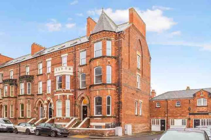 The Courtyard - York City centre + Free parking