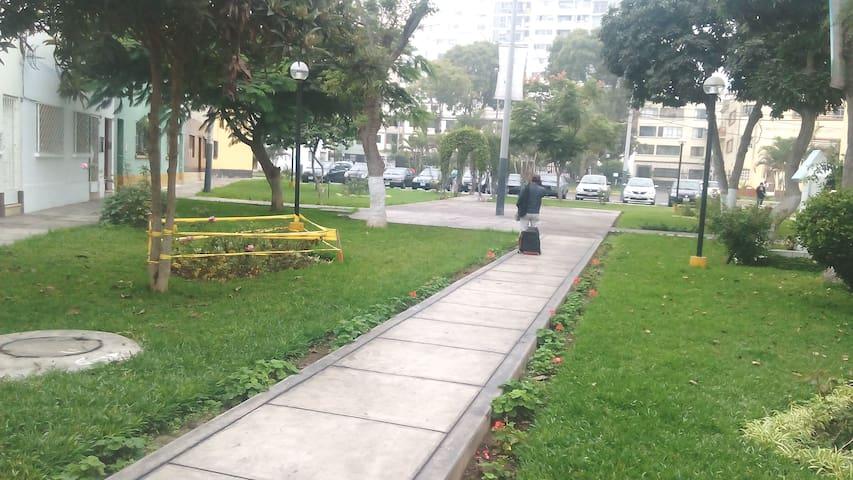 #1 1er piso-AtencionA1-Check flexible-Dsayuno-Taxi