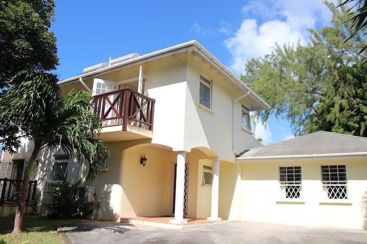 Mullins Villa