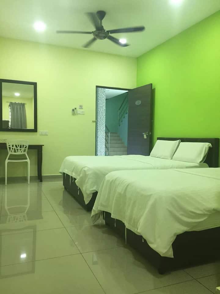 Yubbe guest house, Triple Room (3pax)