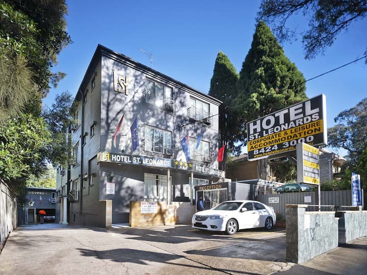 From$395 PW ST LEONARDS 4 STAR HOTEL ENSUITE ROOMS
