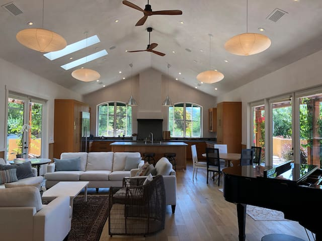 Ojai East End 3br Summer Vacation Home