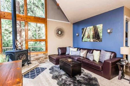 Sweet Retreat: Private Lake! Dodge/Pinecrest*WIFI*