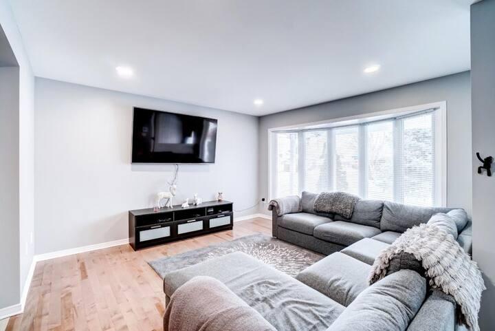 Modern & Spacious Home for 6 near downtown Ottawa