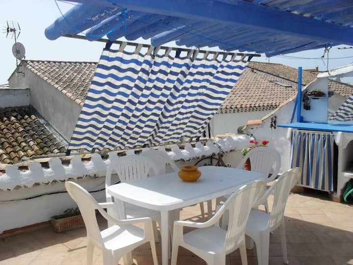 House with 3 bedrooms in Saintes-Maries-de-la-Mer, with furnished terrace - 500 m from the beach
