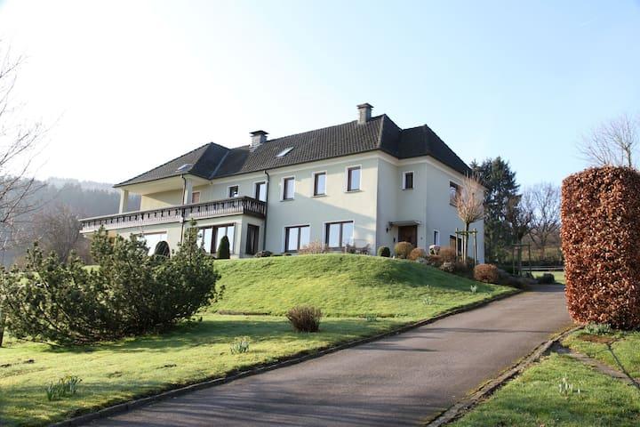 Mangs Hof, (Plettenberg), Ferienwohnung Weitblick (Beisenkamp 5), 90qm, 3 Schlafzimmer, max. 6 Personen