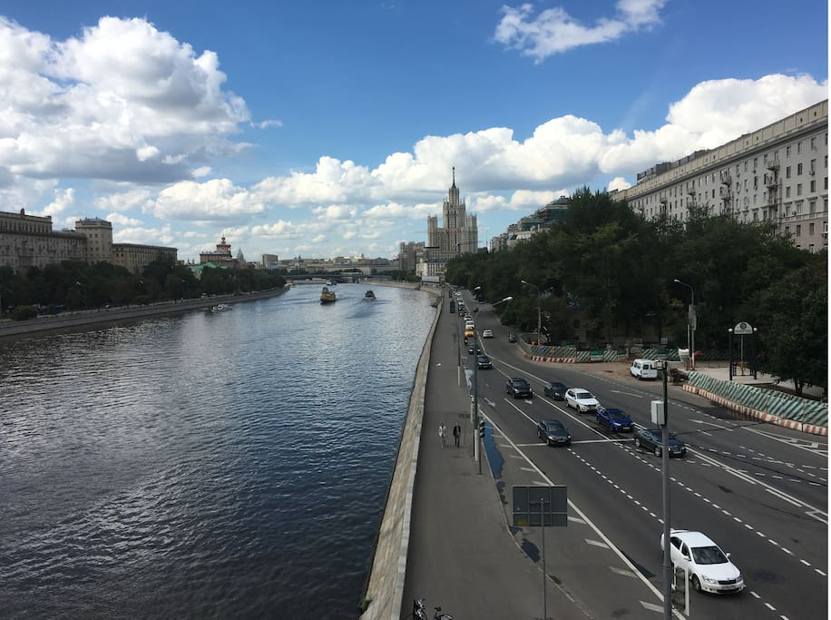 Overlooking Moscow river