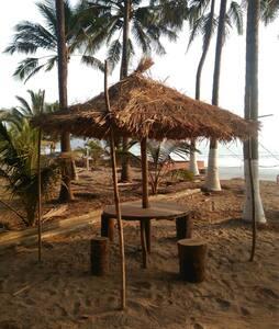 Beach side ac stay @ Nandgaon#Anandi Villa# - Donde Tarf Nandgaon - Villa