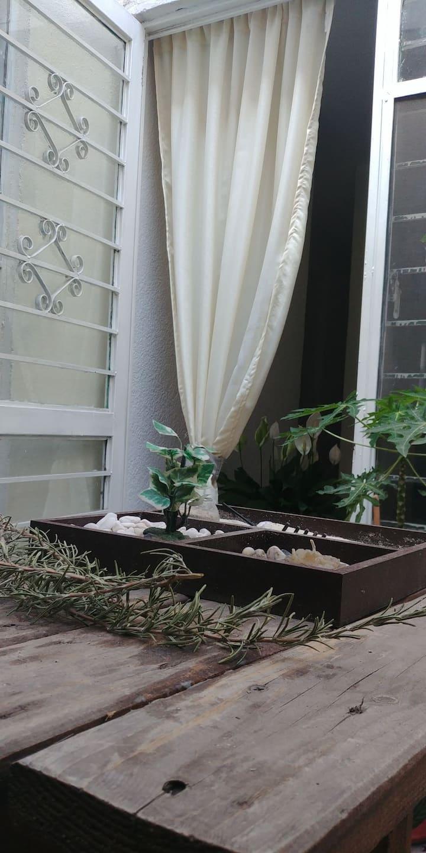 Habitación Privada en la Casa de las Flores