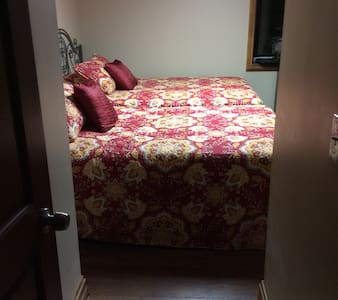 1 Near Creation Museum, CVG Airport - Burlington - Dom