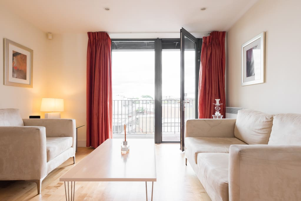 5 Luxury One Bedroom Flat W Balcony Central Flats For Rent In London England United Kingdom