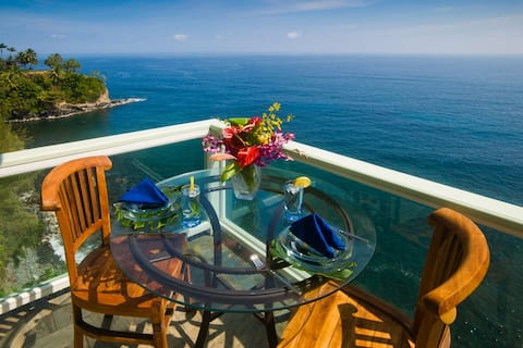 Oceanfront Peace of Paradise