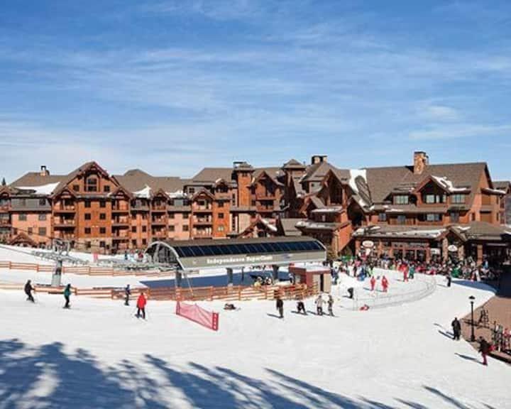 Peak 7  Ski in Ski out Resort Sun 1/24/21 -1/31/21