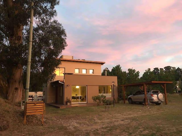 Moderna Casa de Campo en Mar de las Pampas