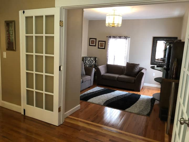 3 bed/2 bath/BOS/MIT/Harvard/Encore-3 Free parking